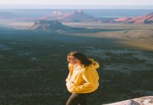 8 ideas For Taking Journey Selfies With Confidence - Dani The Explorer